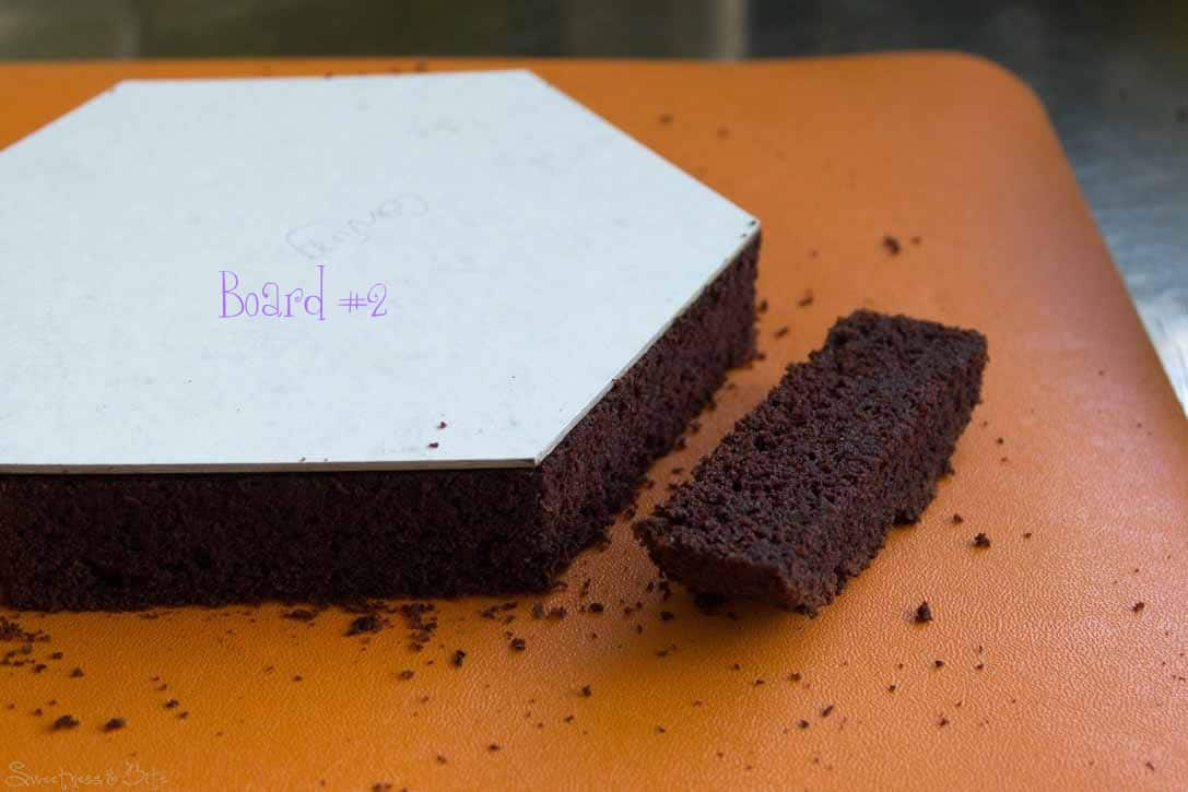 how to keep your cake board clean
