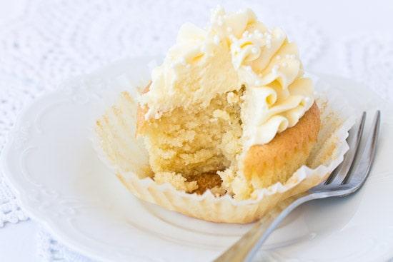 Gluten Free Vanilla Cream Cupcakes
