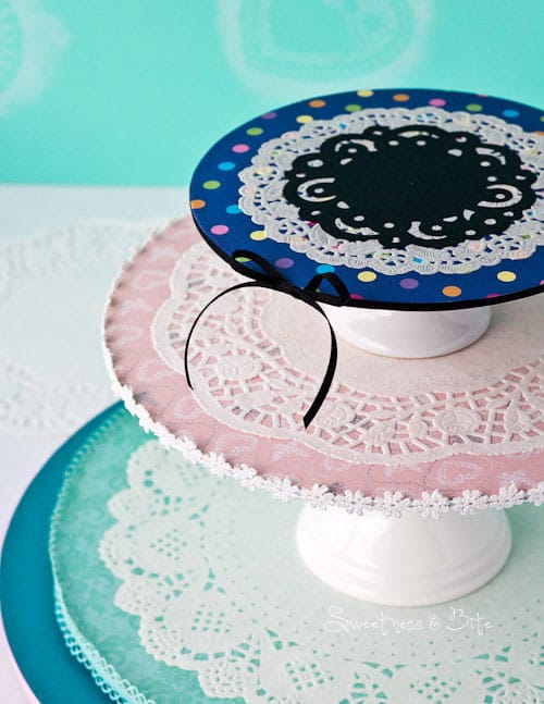 Doily Cake Board Stand