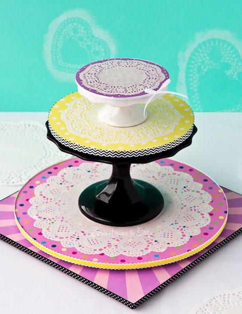 Doily Cake Board Stand