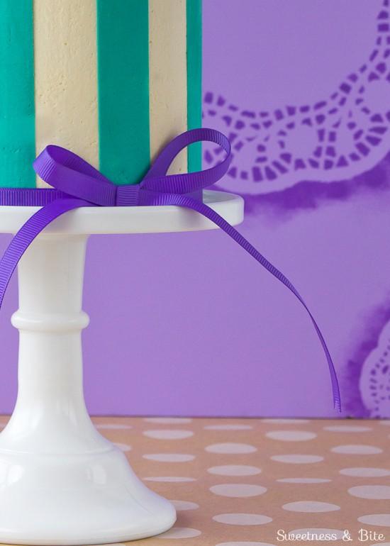 Perfect Buttercream Stripes Cake {Tutorial}