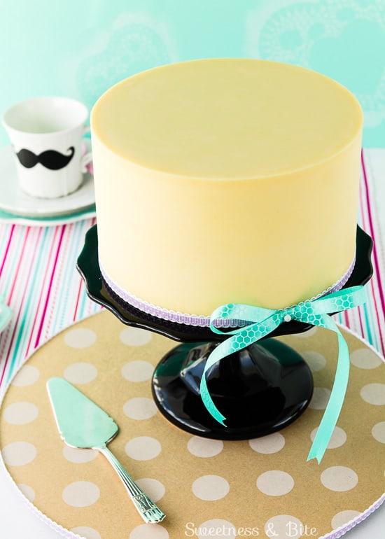 White Chocolate Ganache Cake Covering