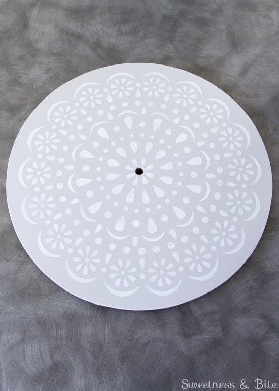 Simple Stenciled Cake Board ~ Doily