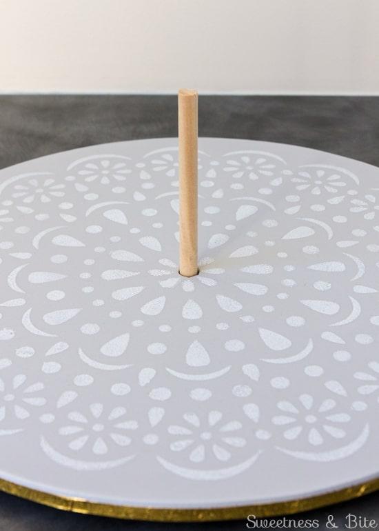 Simple Stenciled Cake Board ~ Centre Dowel