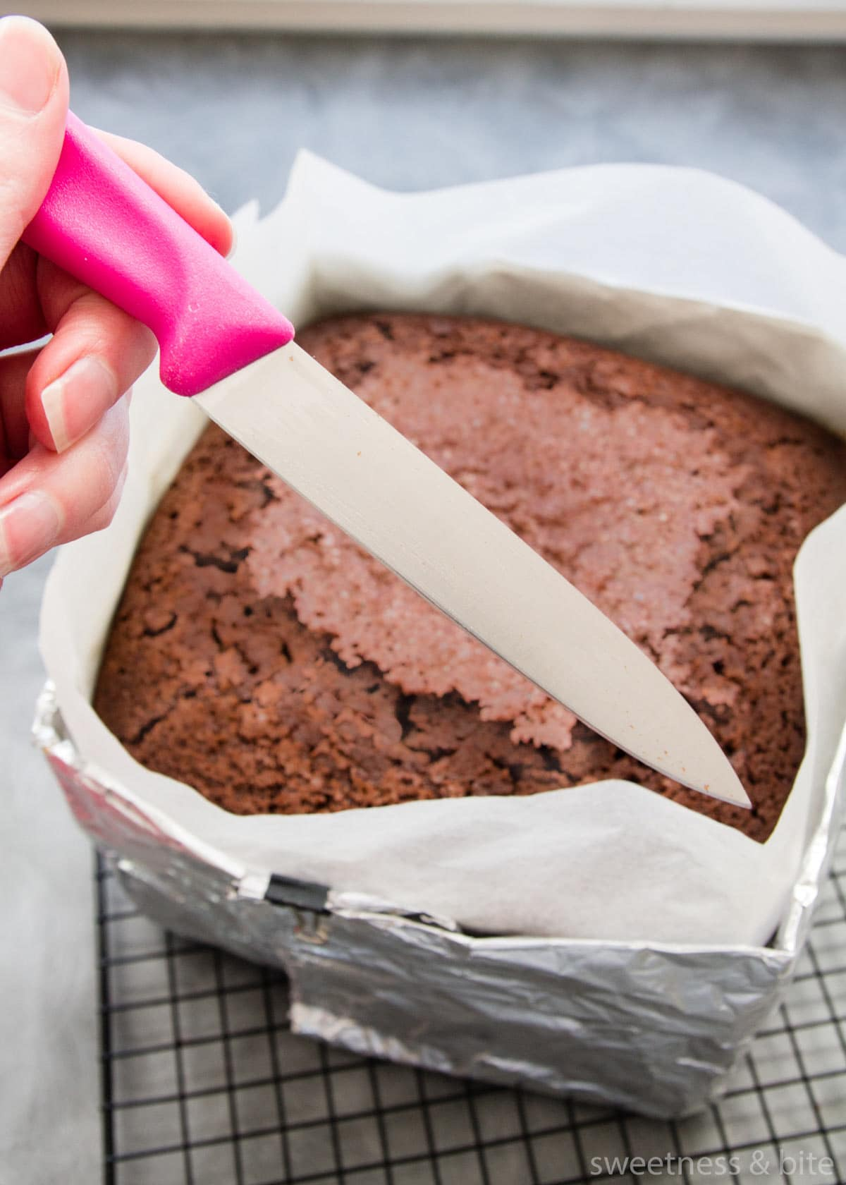 How to Check Your Cake Is Cooked Perfectly. Step 2 - The Knife Test.