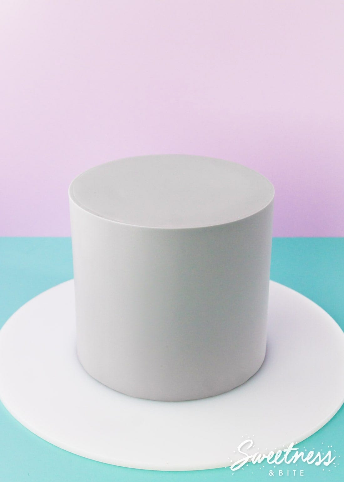 How to Wrap a Cake With Fondant - A Step-By-Step Tutorial For Covering Cakes With Fondant Using The Wrapping Method, For Super Sharp Edges ~ Sweetness & Bite