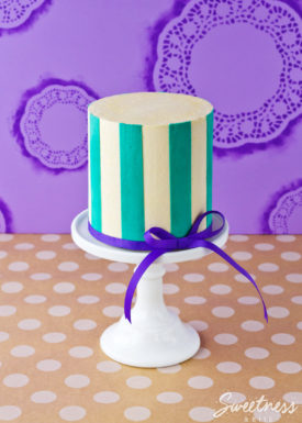 Buttercream Stripe Tutorial Part Two - Vertical Stripes ~ Sweetness & Bite