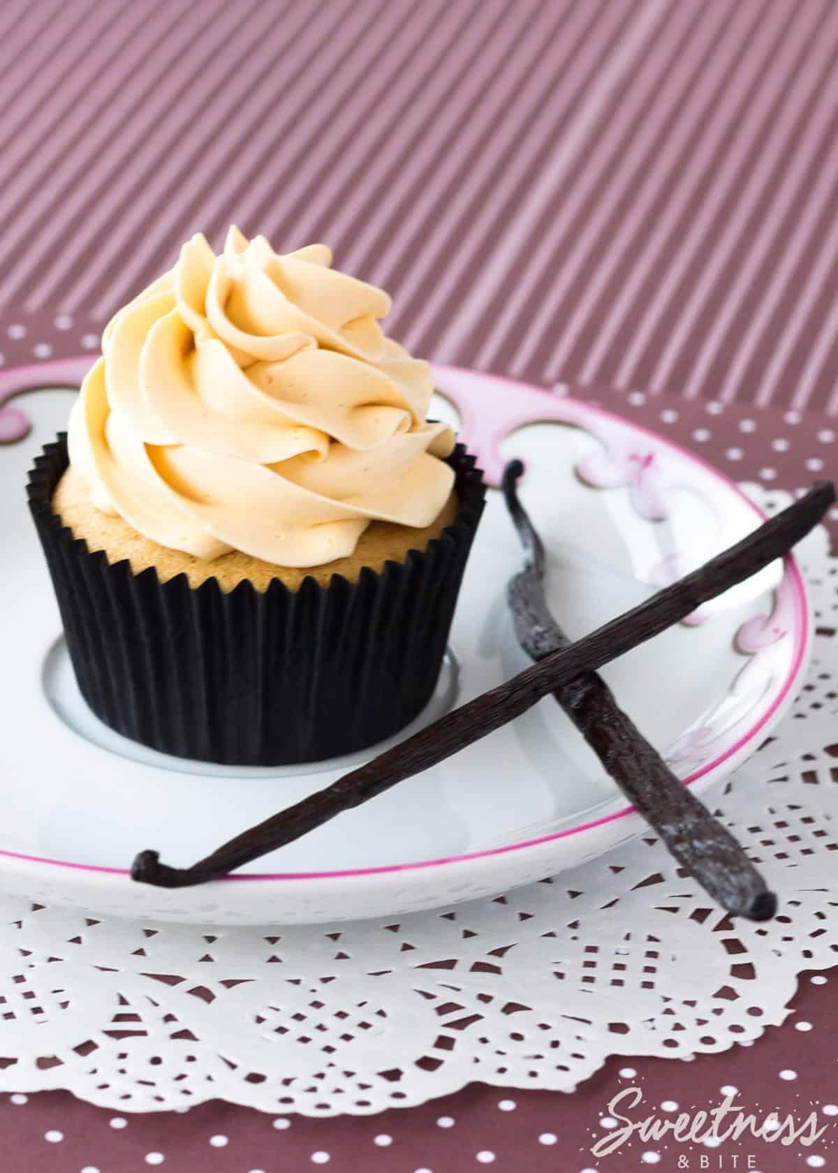 Vanilla Bean Kahlua Cupcakes ~ Sweetness & Bite