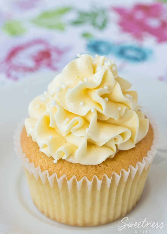 Vanilla Cream Cupcakes {Gluten Free}