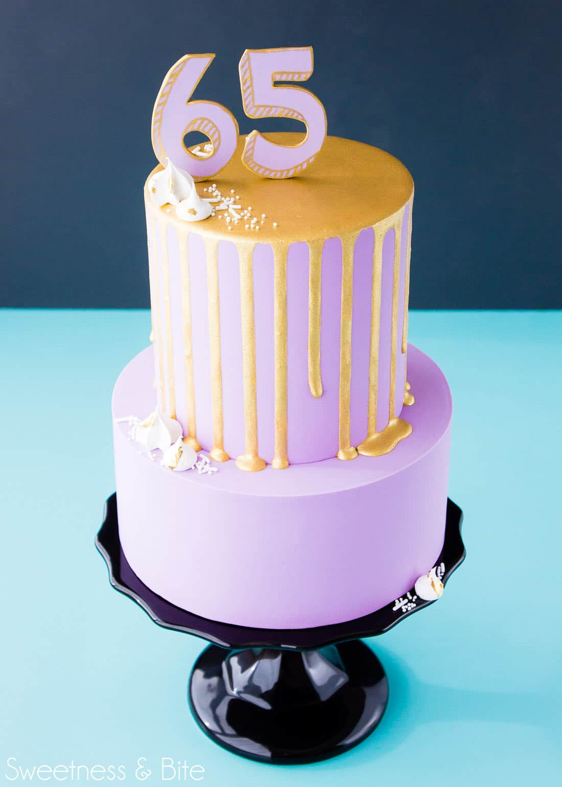 Gold Drip Cake ~Sweetness & Bite