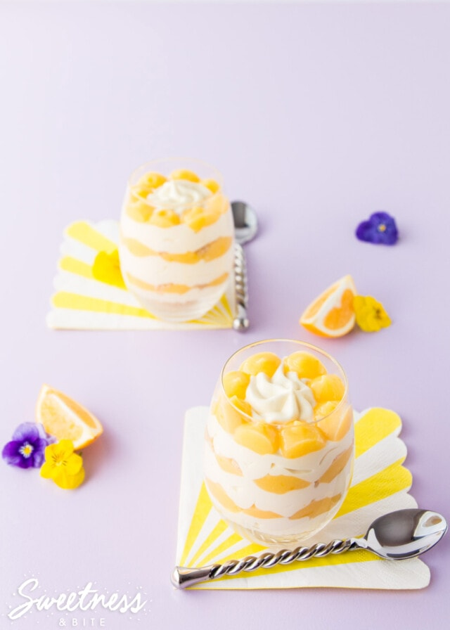 Lemon Cheat'sCakes, Super Simple Lemon Cheesecakes - No bake, no gelatine, simple ingredients and ready to eat in under an hour. The easiest, quickest cheesecakes you'll ever make! ~ by Sweetness & Bite