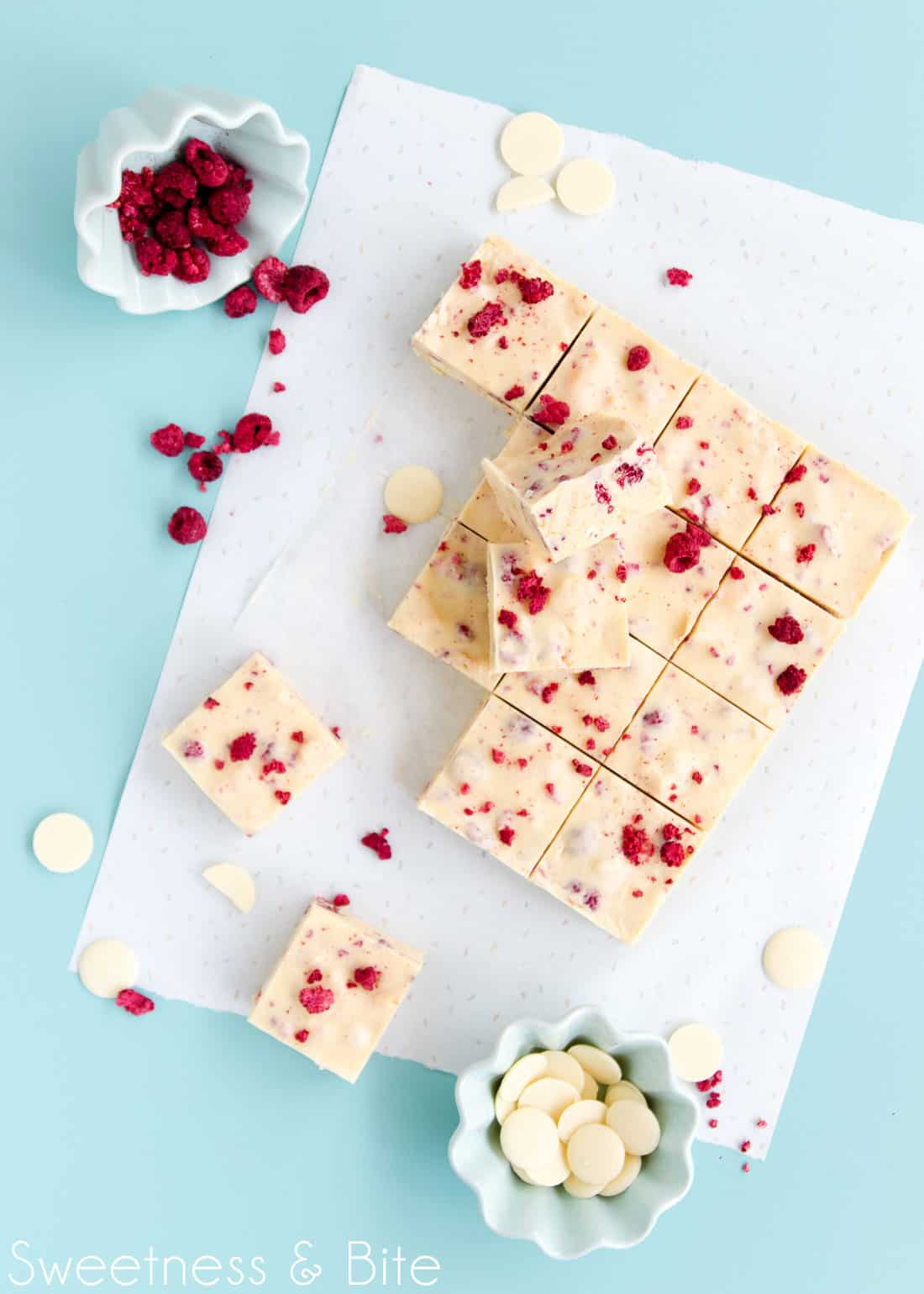 White Chocolate and Raspberry Fudge Slice ~ A super easy, no-bake fudge slice ~ by Sweetness & Bite