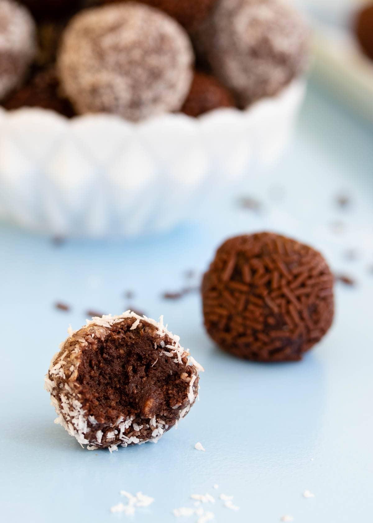 Chocolate coconut truffles (rum balls)
