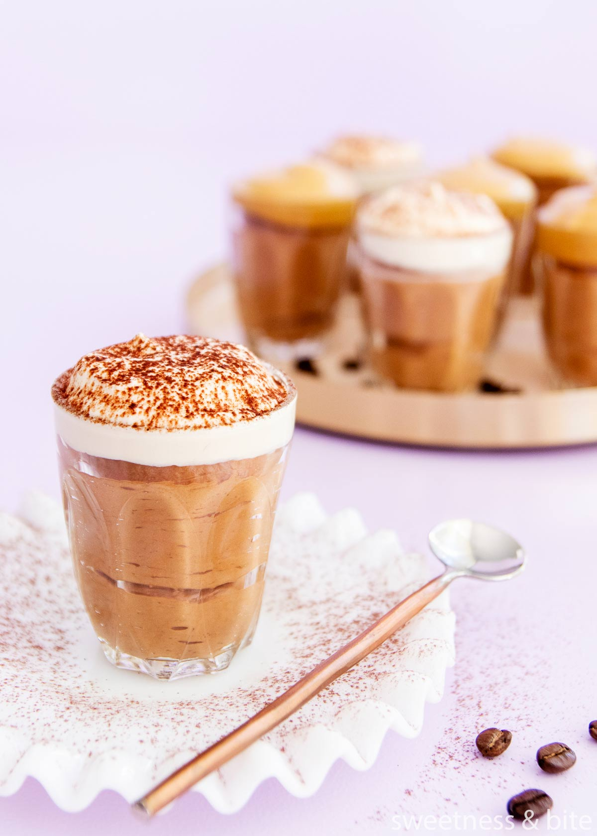 Easy mocha mousse with whipped cream topping