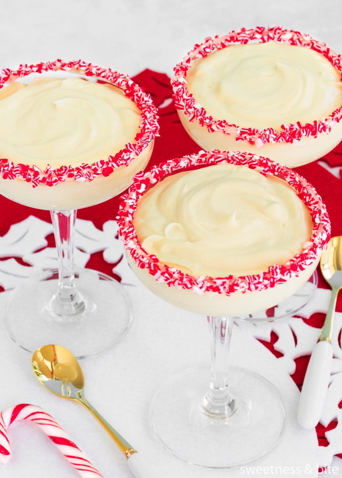 Three cocktail glasses with mousse.